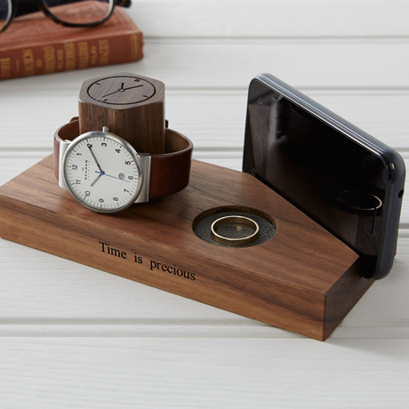 Personalised-bedside-watch-stand_10-Last-Minute-Gift-Ideas-by-The-British-Hamper-Company